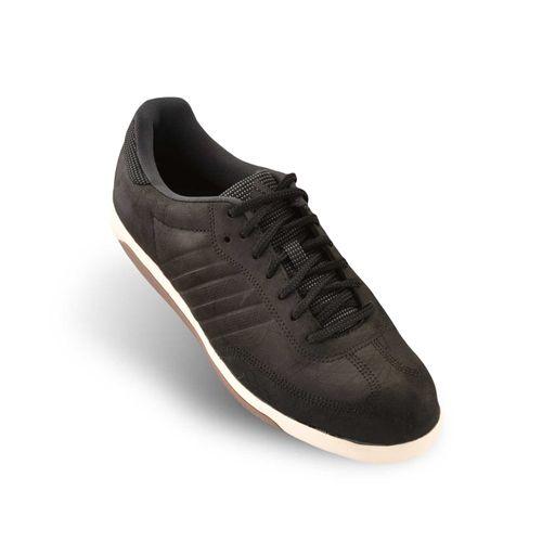 zapatillas-de-entrenamiento-universal-tr-leather-m29500