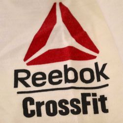 remera-rebook-training-graph-mujer-ai9424