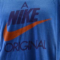 remera-nike-sportswear-913355-052